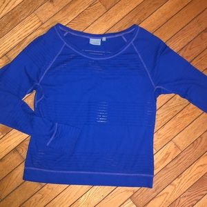 Athleta long sleeve mesh shirt